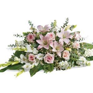 Funeral flowers tender tribute