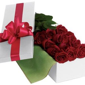 This hollywood style box of premium red roses is a luxury item of the highest quality its roses only. Twelve long stem roses in a classic box.